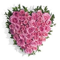 Valentine's Day Flowers to India : Pink Roses Heart