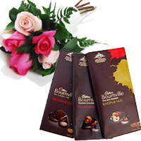 3 Bournville Chocolates With 6 Red Pink Roses in Patna