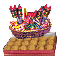 Diwali Crackers and Gifts to India. 1 Kg Besan Laddoos with Assorted Crackers worth Rs 2000