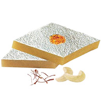 Online Diwali Gifts to Jaipur consist of 500 gm Kaju Katli