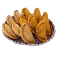 Order Online for Birthday Gifts in India of 1 kg Gujiya