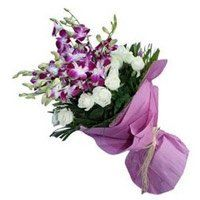Flowers to Daman. OrchidsnRoses Bouquet of 20 Flowers to Daman
