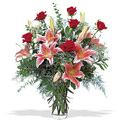 Send Flowers to India : Send Anniversary Flowers to India